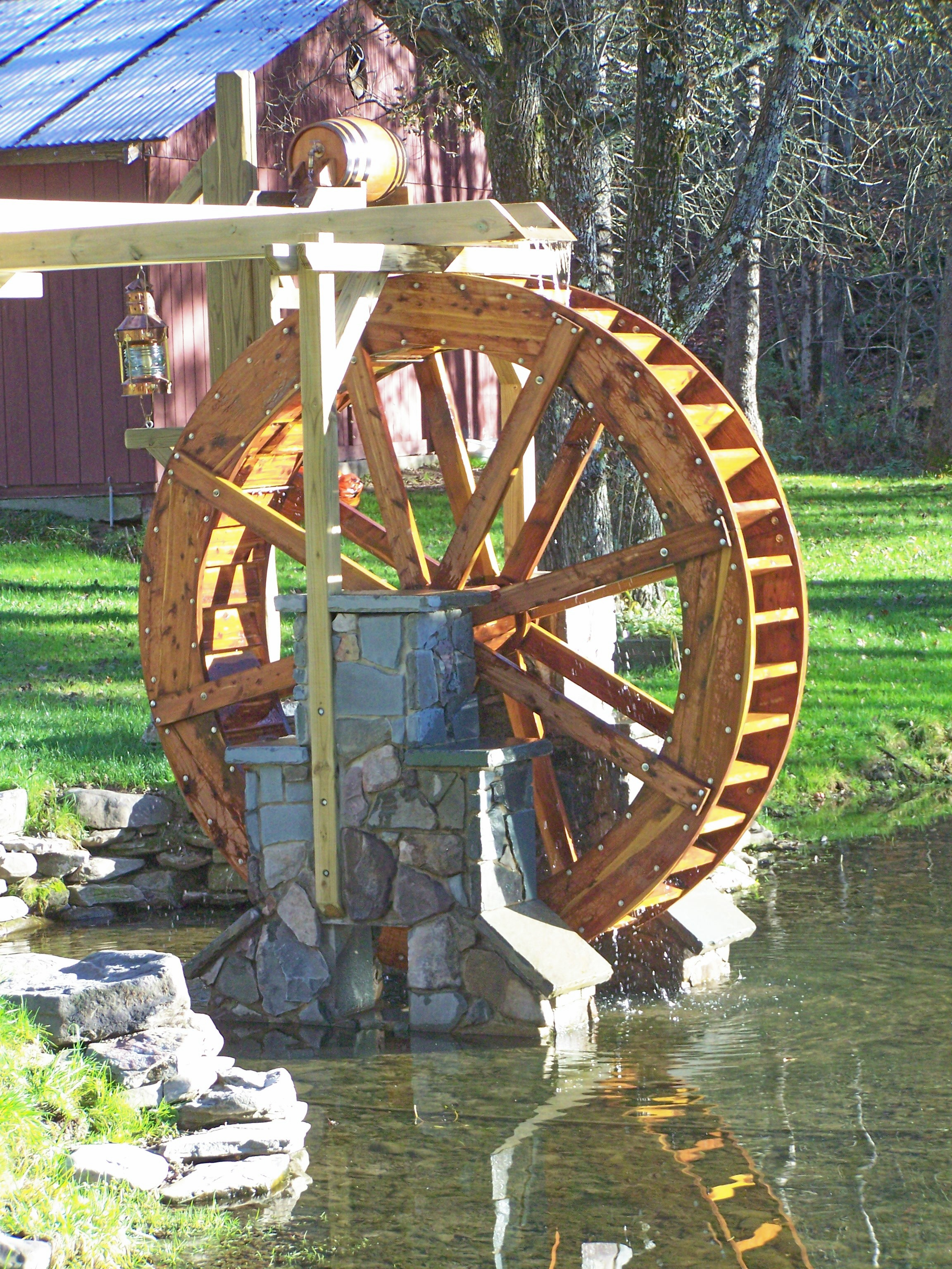 smallwaterwheel6.jpg